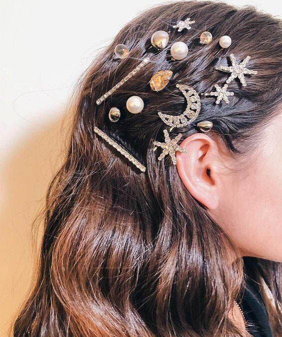 Πως να φορέσεις στα μαλλιά σου τα πιο hot αξεσουάρ μαλλιών