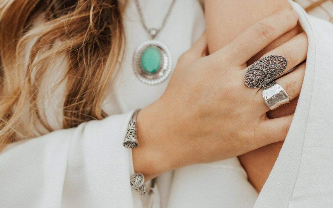Συμβουλές για να επιλέξετε τα καλύτερα κοσμήματα από ανοξείδωτο ατσάλι